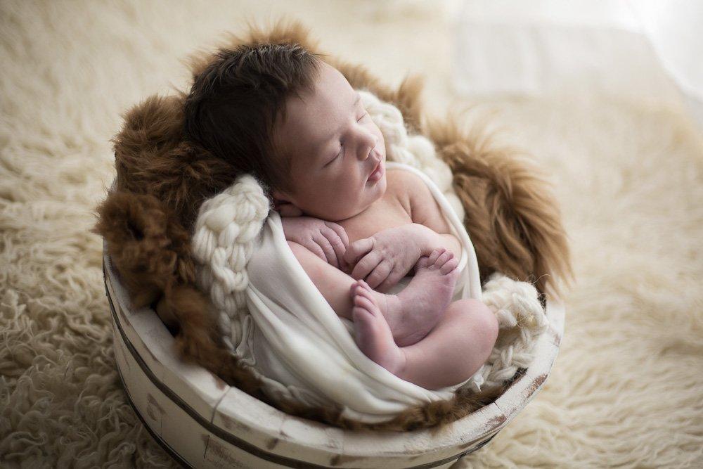 fotografo newborn torino
